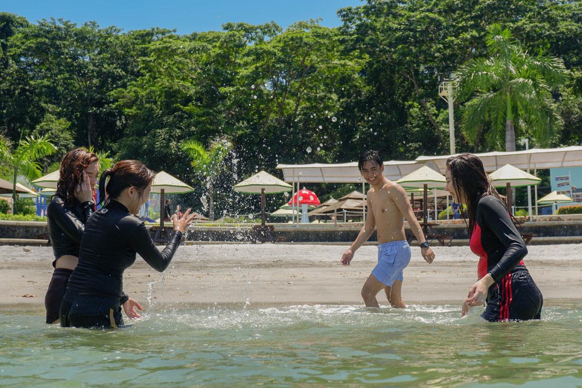 Explore the Waterpark – Adventure Beach Waterpark
